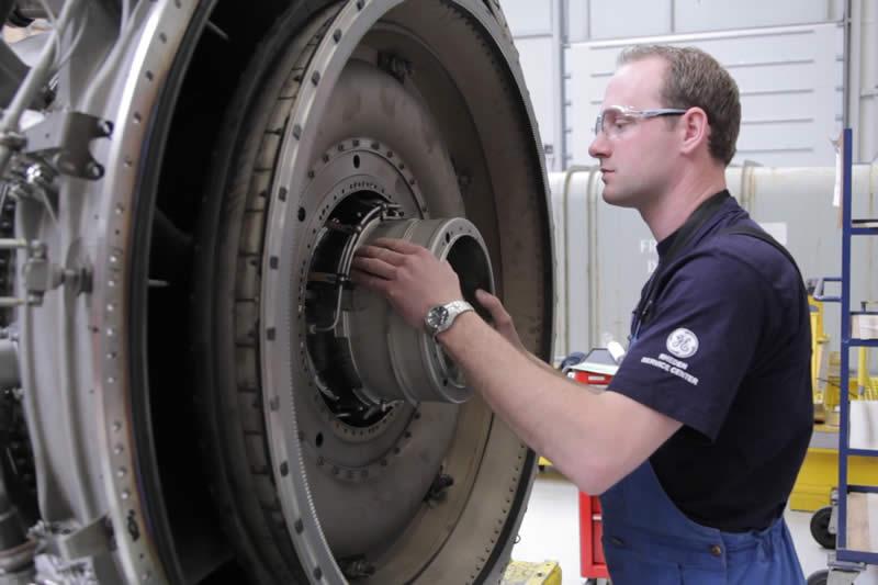 Vliegtuigonderhoud (Eerste Monteur)